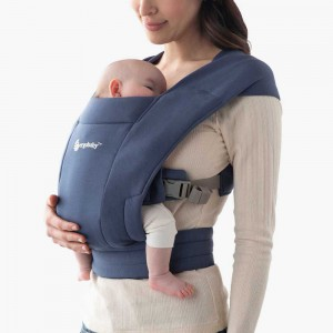Mochila portabebés Embrace Blu Marino EBCEMANAVY
